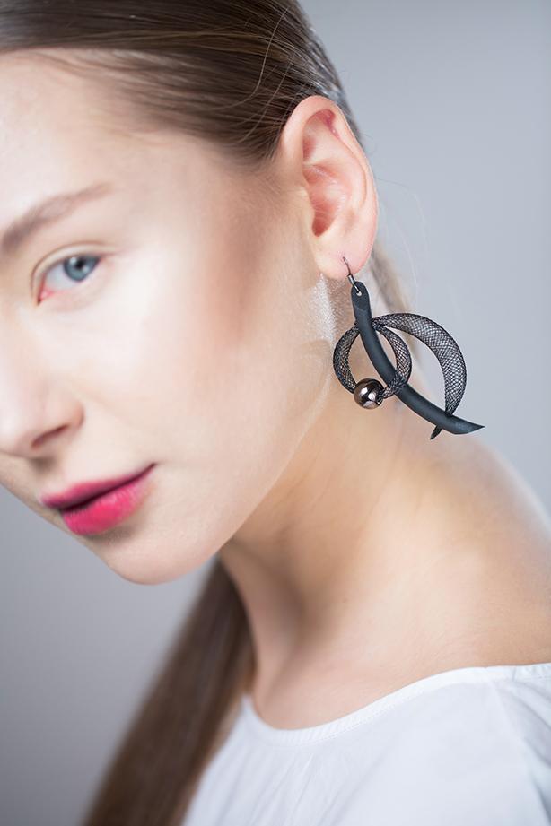 Malinconia orecchino